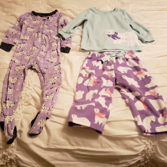 Carter's Other - Toddler Girls Carter's 12M and 12-18M Jammies.